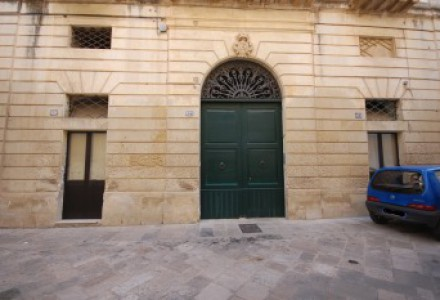 Salento - Spacious and bright 4bedroom apartment for sale  in the old town centre