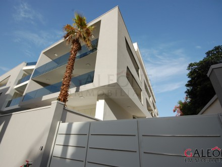 Salento, Gallipoli (Le) - Lido San Giovanni. - Newly built apartment, with large balcony and private garage.