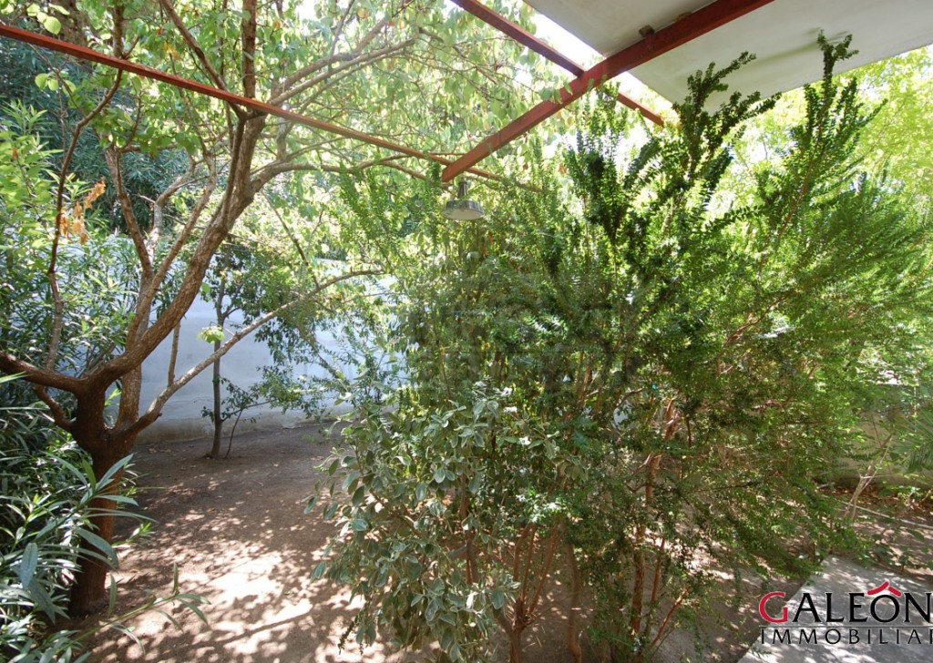 Sale Detached House Nardò - Two-bedroom villa on the raised ground floor, with private parking space and private garden. Locality