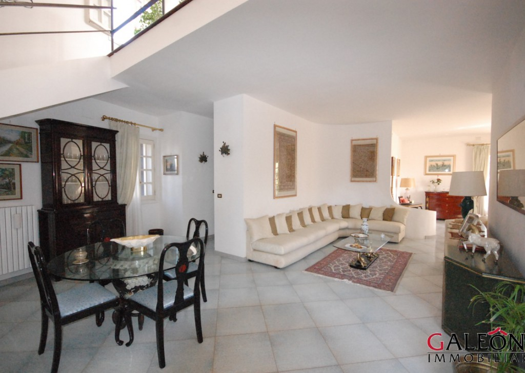 Sale Villa Melendugno - Three-storey detached villa with private garden.   Locality