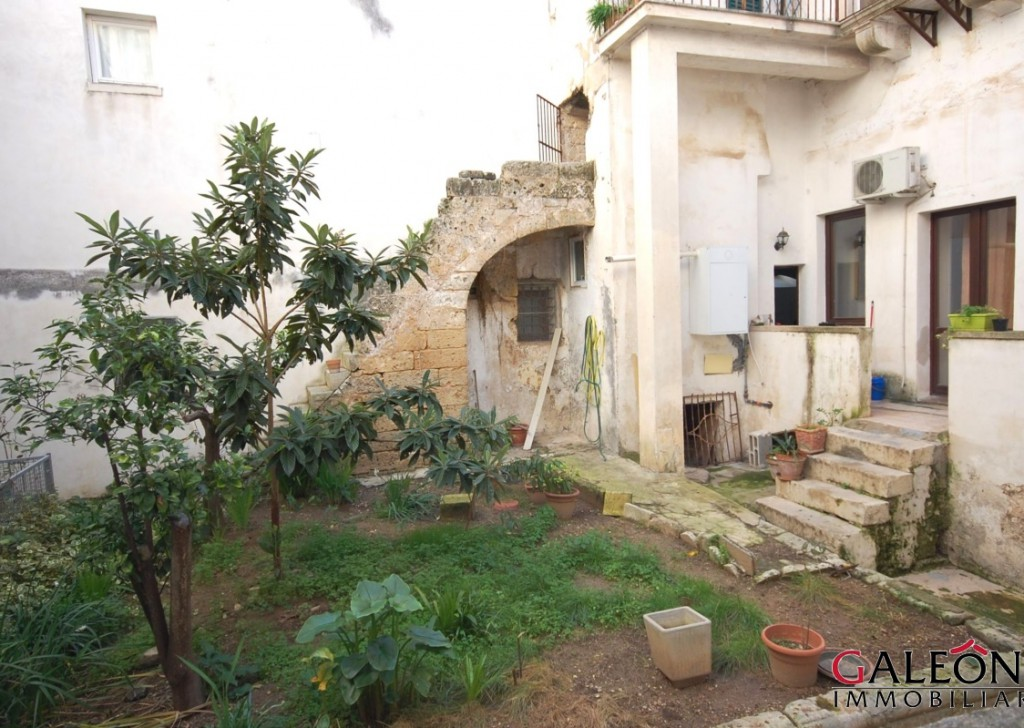 For Sale Apartment in luxury period building   Galatina - Salento - Spacious and bright 4bedroom apartment for sale  in the old town centre  Locality
