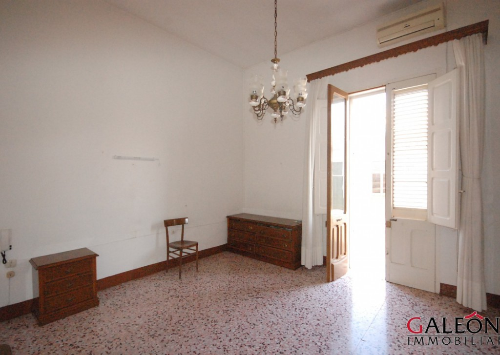 Sale Detached house Veglie - Salento, Veglie (Le) – Freehold two bedroom house with private garage, cellar and roof terrace.  Locality