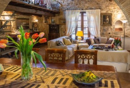 "Luxury Tuscan farmhouse (""Casale"") in the heart of Maremma, for sale"