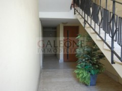 Lecce, Zona Conservatorio - A beautifully arranged three bedroom first floor apartment.  - 3