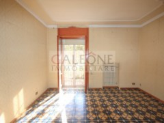 Lecce, Zona Conservatorio - A beautifully arranged three bedroom first floor apartment.  - 9