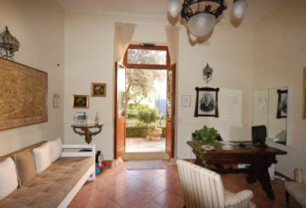 Salento, Galatina (Le) – Freehold semi-detached house, with private garden and terraces.