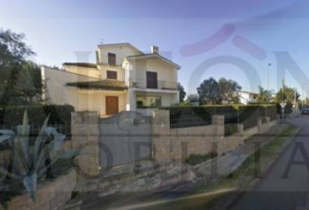Galatina, Salento - Charming freehold detached 4 bedroom house.